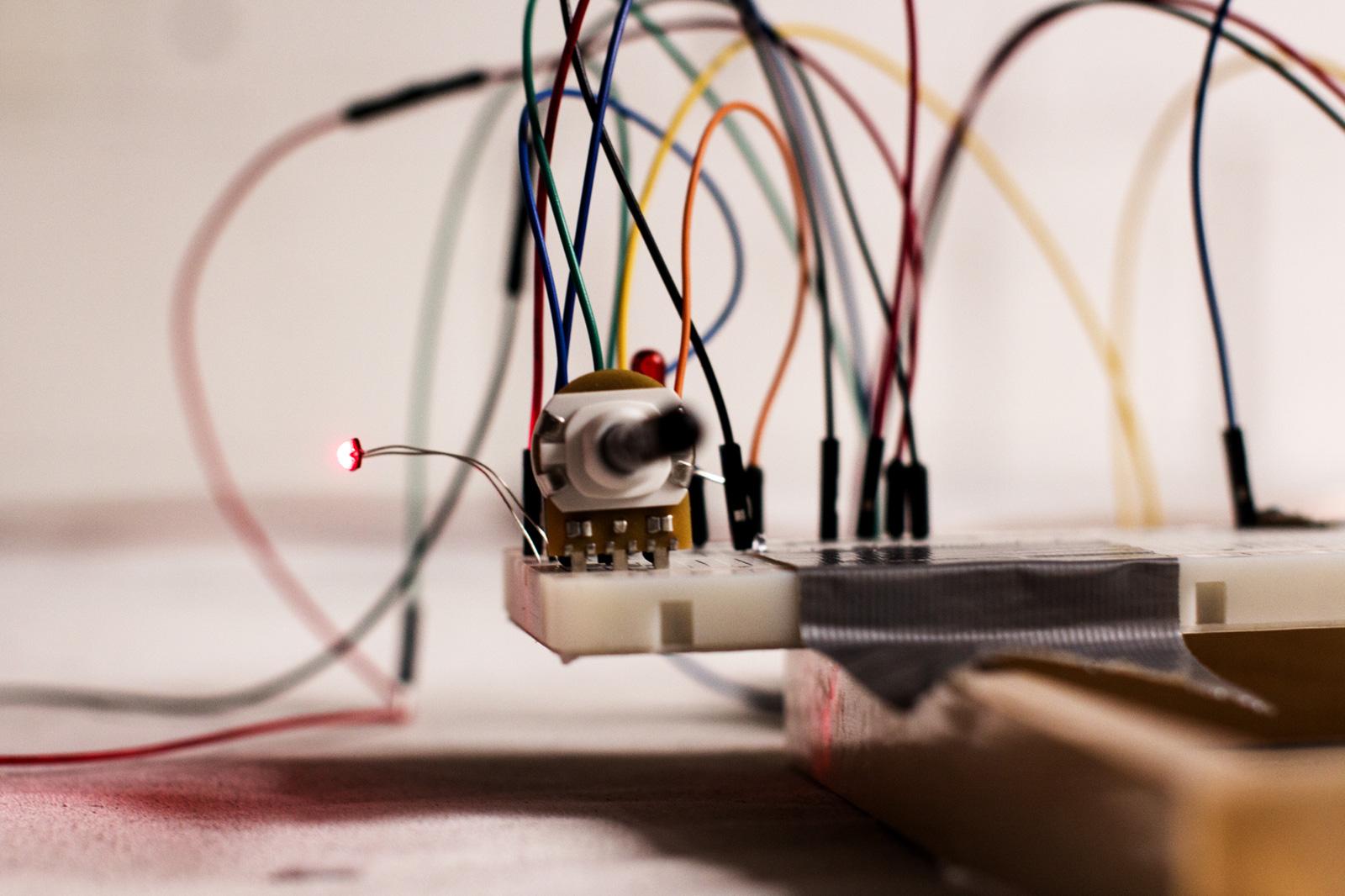 BinairyTalk_Arduino